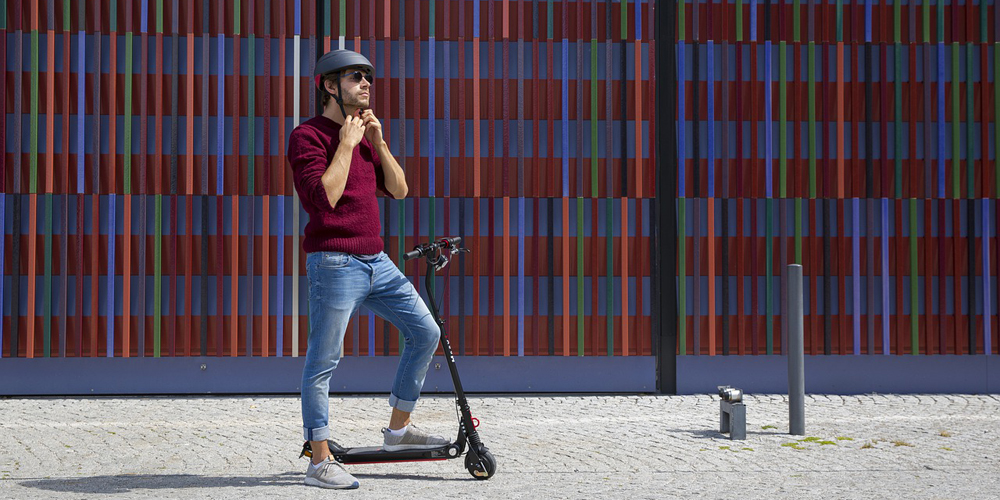 A Guide to Choosing an Electric Scooter Helmet